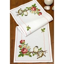 Roses and Birds Runner